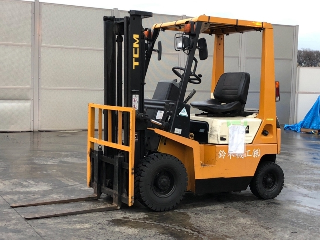 Buy used TCM FORKLIFT at Japanese auctions