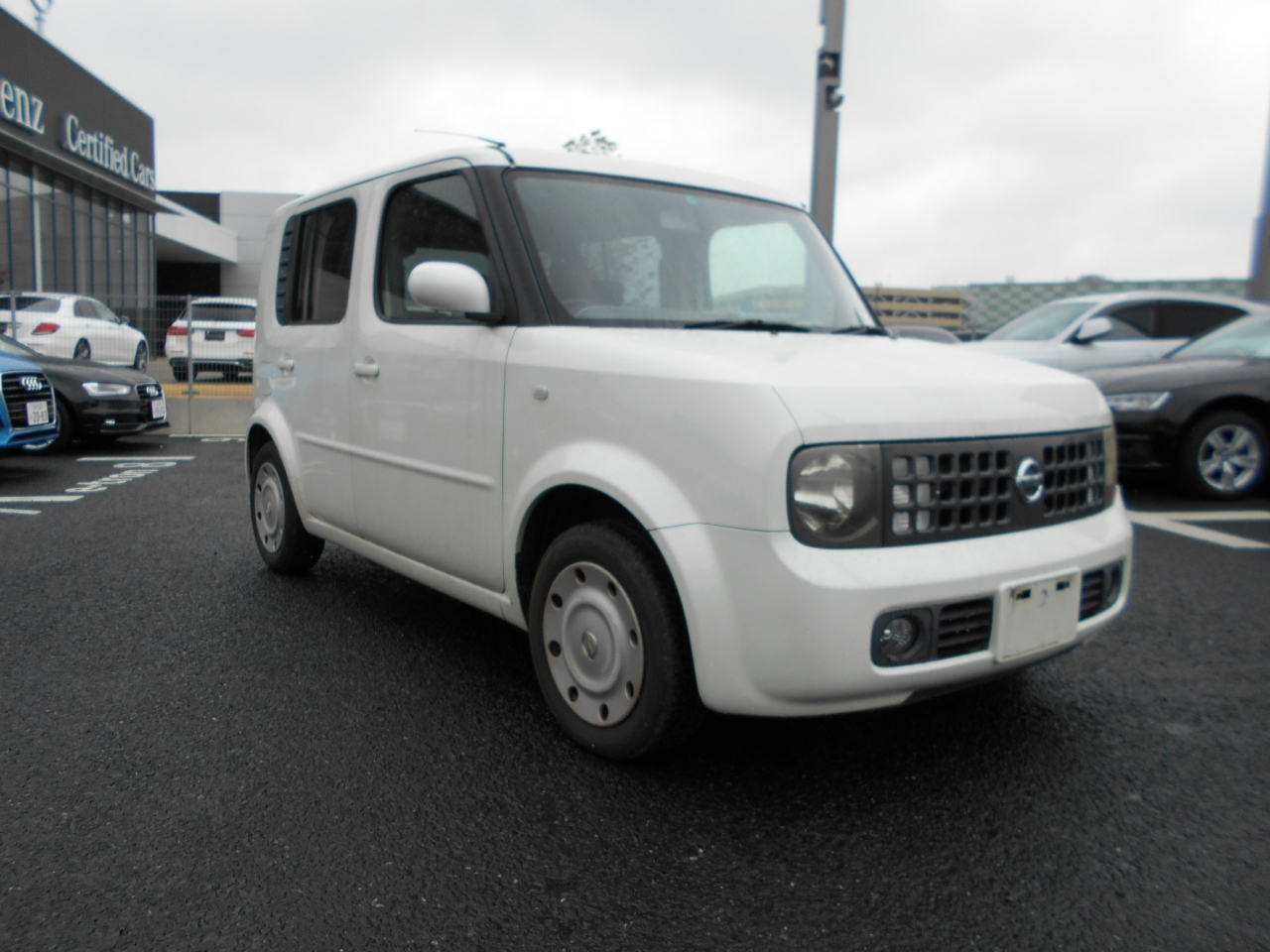 Buy used NISSAN CUBE at Japanese auctions