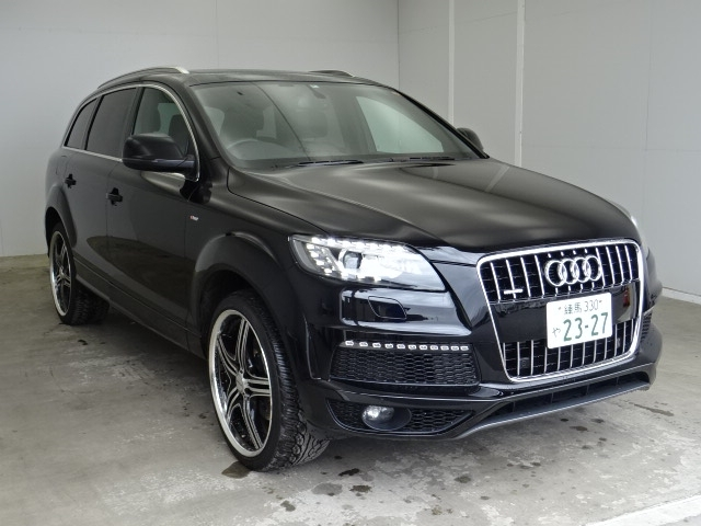 Buy used AUDI Q7 at Japanese auctions