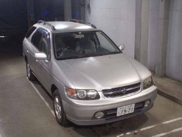 Buy used NISSAN RNESSA at Japanese auctions